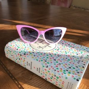 Pink cat eyed sunglasses